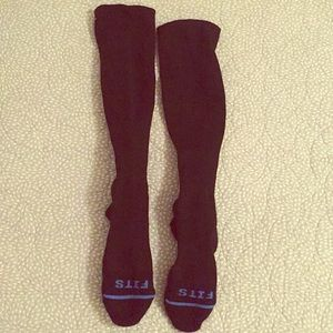 Black Fits Compression Socks
